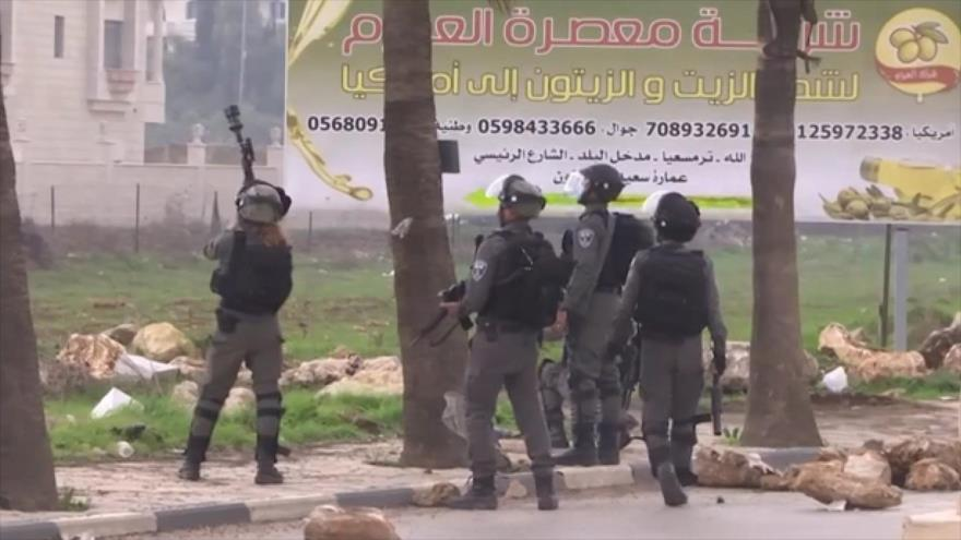 Fuerzas israelíes reprimen a manifestantes en Cisjordania