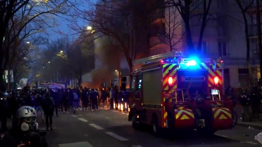 Violencia estalla en Francia por tercer fin de semana consecutivo