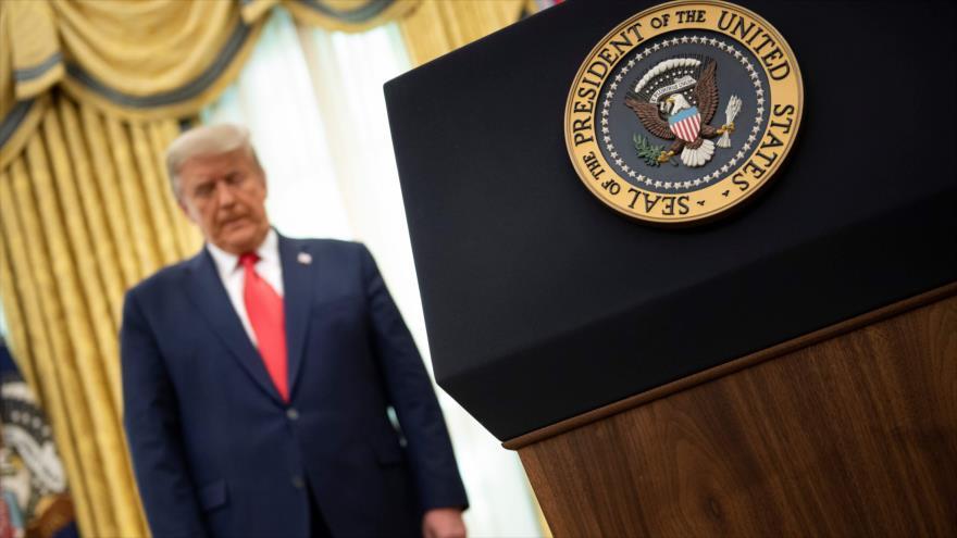 El presidente saliente de EE.UU., Donald Trump, en el Despacho Oval, Washington D.C., 3 de diciembre de 2020. (Foto: AFP)