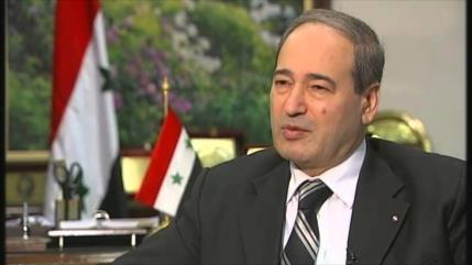 Canciller sirio visitará Teherán en su primer viaje al extranjero