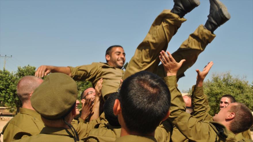 Indignante: Tropas israelíes matan a niños palestinos y lo celebran   HISPANTV