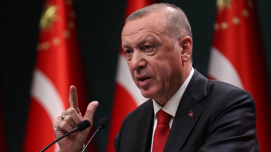 El presidente de Turquía, Recep Tayyip Erdogan, pronuncia un discurso en Ankara, capital turca, 3 de noviembre de 2020. (Foto: AFP)