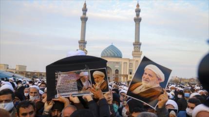 Líder de Irán expresa su pesar por fallecimiento del ayatolá Yazdi
