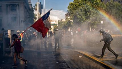 Nuevas protestas exigen renuncia de Piñera y cambios en Chile