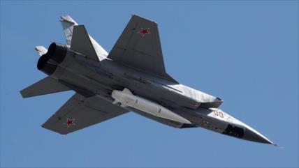 Caza ruso intercepta avión espía de EEUU sobre el mar de Bering