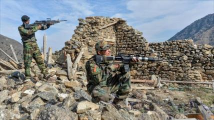 Fuerzas afganas matan a más de 60 talibanes en Kandahar
