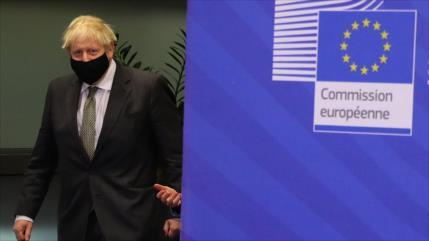 Johnson asegura que un Brexit sin acuerdo es lo más probable ahora