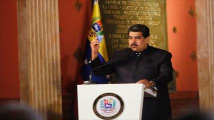 Maduro: Trump precipitó a la oposición venezolana a la locura