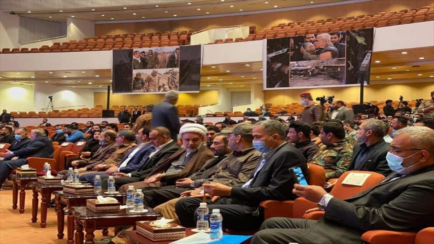 Diputados iraquíes asisten a un acto celebrado en el Parlamento en ocasión del 1.º aniversario del asesinato de Soleimani y Al-Muhandis, 19 de diciembre de 2020.