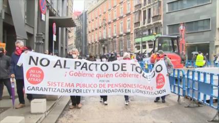Pensionistas protestan en Madrid contra la reforma de pensiones