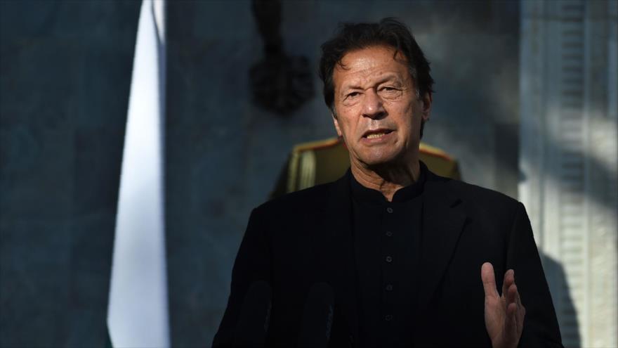 El primer ministro de Paquistán, Imran Khan, en Kabul, 19 de noviembre de 2020. (Foto: AFP)