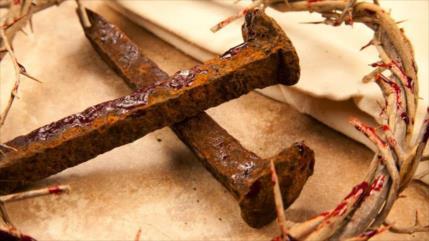 Hallan un clavo que podría ser de la verdadera cruz de Jesús