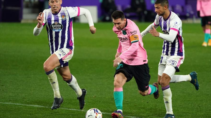 Lionel Messi en el partido entre Real Valladolid FC y FC Barcelona en el estadio José Zorilla de Valladolid, 22 de diciembre de 2020. (Foto: AFP)