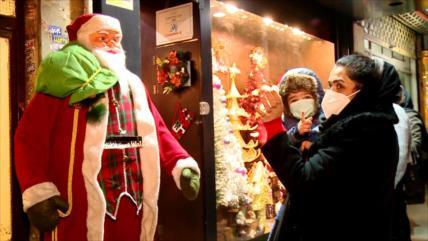 Cristianos iraníes celebran la Navidad en medio de la pandemia