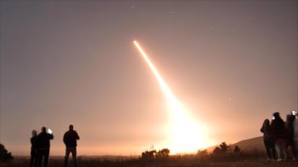 Rusia advierte del aumento de los riesgos de una guerra nuclear