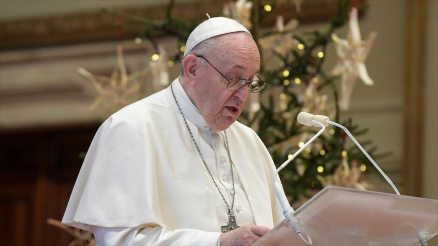 El papa Francisco transmite su tradicional mensaje navideño 'Urbi et Orbi' desde el Vaticano, 25 de diciembre de 2020. (Foto: AFP)