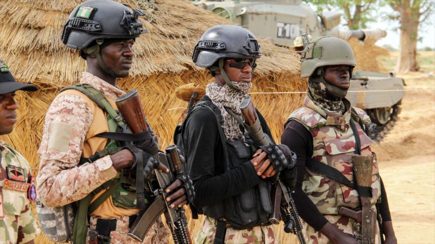 Soldados del Ejército nigeriano en una base en la ciudad de Baga (noreste), 2 de agosto de 2019. (Foto: AFP)