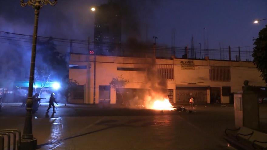HRW: Policía peruana cometió graves abusos durante protestas