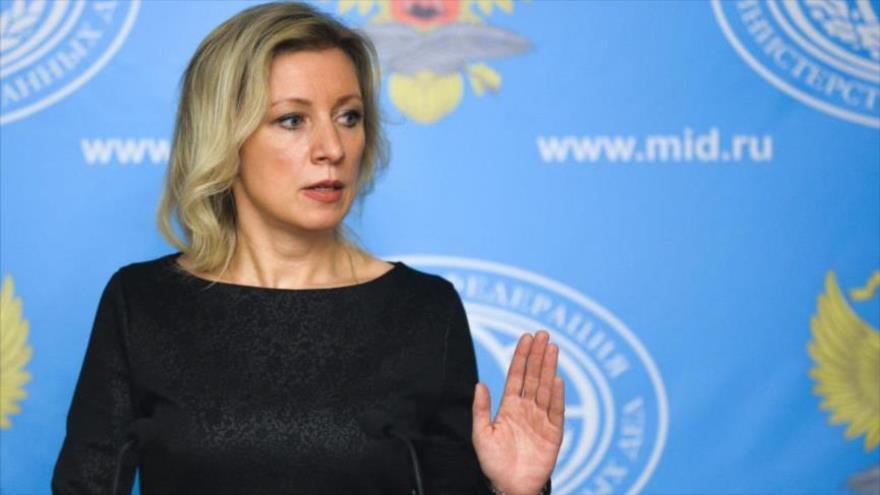 La portavoz del Ministerio de Asuntos Exteriores de Rusia, María Zajarova, durante una rueda de prensa.
