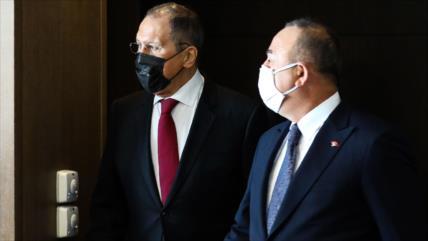 Rusia y Turquía denuncian las sanciones del Occidente