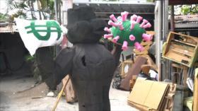 Hondureños queman figuras como protesta de fin de año
