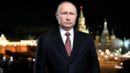 Putin espera superar en el año nuevo los desafíos del 2020