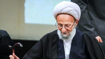 El ayatolá Mesbah Yazdi, destacado sabio iraní, fallece a los 86