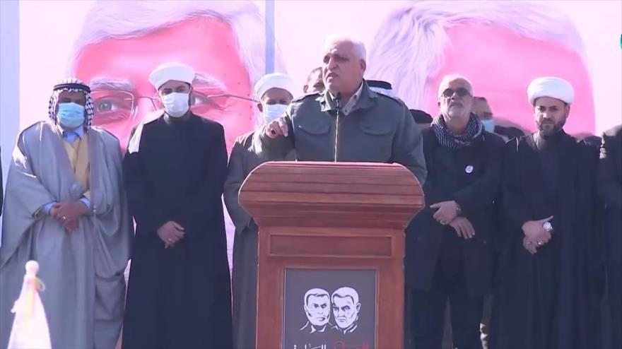 El líder de las Al-Hashad Al-Shabi, Faleh al-Fayaz, pronuncia un discurso con motivo del aniversario del general Soleimani en Bagdad, 3 de enero de 2021.