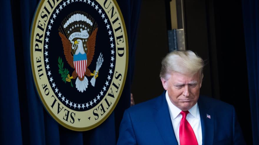 El presidente de EE.UU., Donald Trump, tras una reunión en la Casa Blanca en Washington D.C., la capital, 1 de enero de 2021. (Foto: AFP)