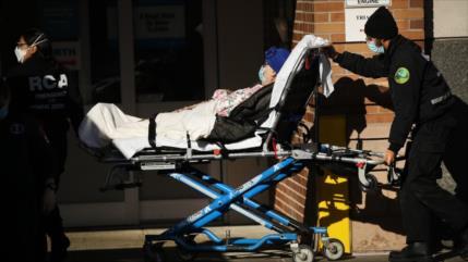 Hospitales en EEUU están abrumados tras las reuniones navideñas