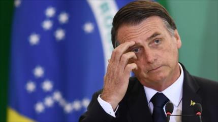 """Las redes sociales se unen al pedido de """"renuncia"""" de Bolsonaro"""