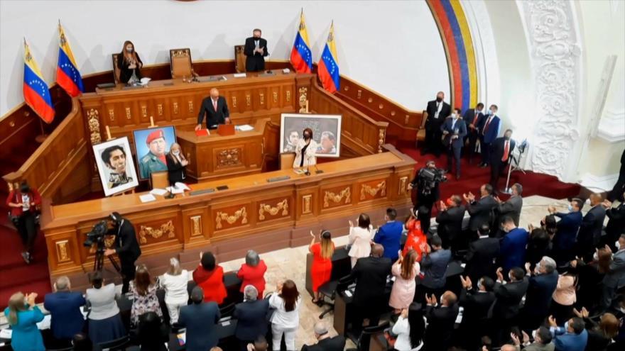 Se instala nueva Asamblea Nacional venezolana con mayoría chavista