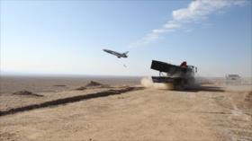 Irán dispara con éxito un dron suicida desde un lanzador móvil