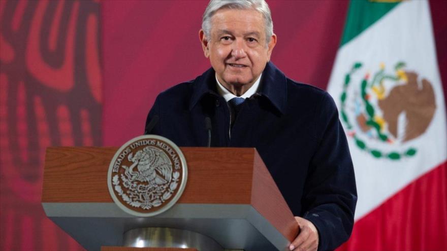 Presidente de México, Andrés Manuel López Obrador, habla en una rueda de prensa, en Ciudad de México, 15 de diciembre de 2020. (Foto: AFP)