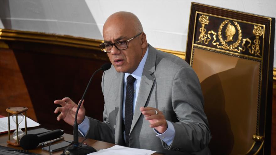 """Venezuela crea comisión para investigar """"crímenes"""" de la oposición"""