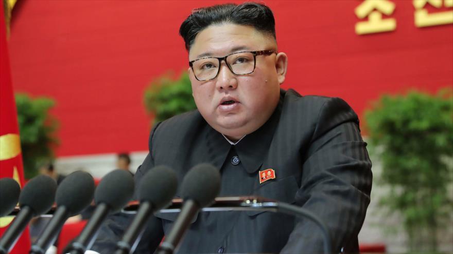 El líder de Corea del Norte, Kim Jong-un, en octavo Congreso del Partido de los Trabajadores en Pyongyang, 8 de enero de 2021. (Foto: Reuters)