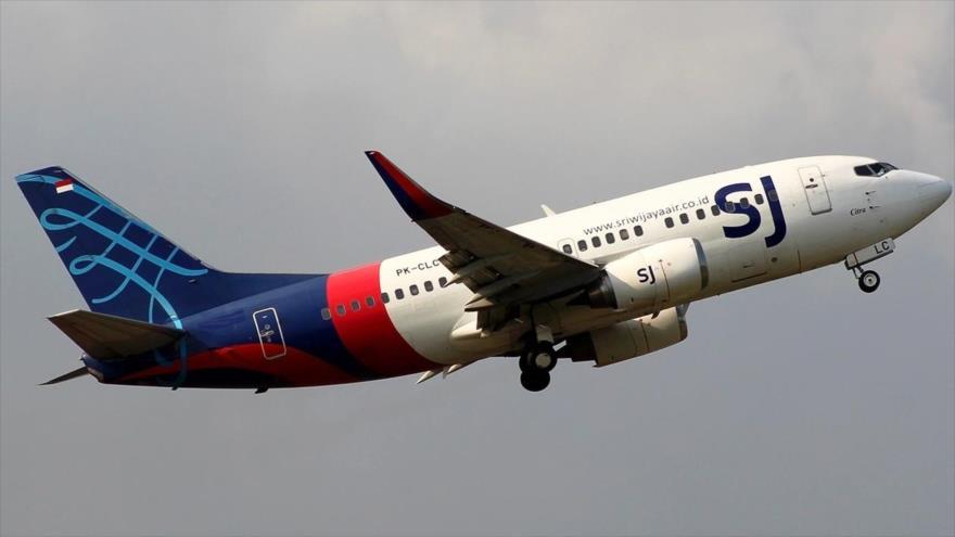 Un Boeing 737-500 de la aerolínea indonesia Sriwijaya Air.
