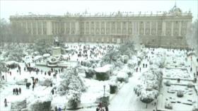 La nevada más intensa del siglo sorprende a los madrileños