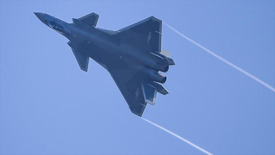 Vídeo: China desvela nueva versión de su caza de quinta generación