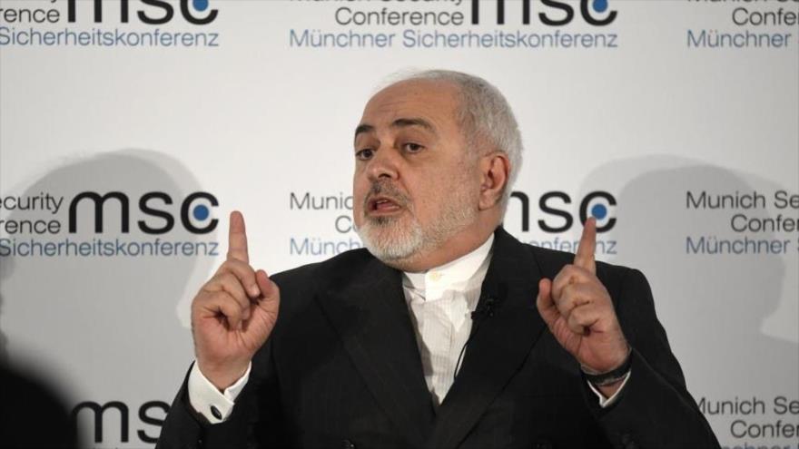 El canciller iraní, Mohamad Yavad Zarif, habla durante una conferencia en Alemania, 15 de febrero de 2020 (Foto: AFP)