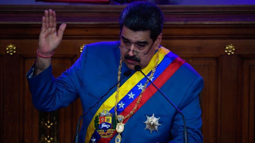 El presidente venezolano, Nicolás Maduro, ofrece un discurso en la Asamblea Nacional en Caracas, la capital, 12 de enero de 2021. (Foto: AFP)