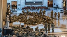 "Tropas duermen en Capitolio, ""blindando"" nuevo impeachment a Trump"