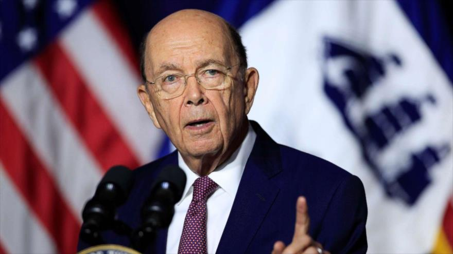 El secretario de Comercio de Estados Unidos, Wilbur Ross, habla durante una conferencia de prensa, 21 de septiembre de 2020. (Foto: AFP)