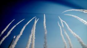 Irán inicia ejercicios militares con lluvia de misiles balísticos