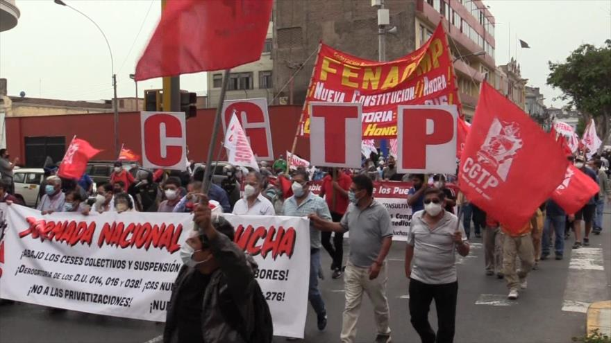 Sindicatos exigen creación de una Asamblea Constituyente en Perú