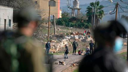 Fuerzas israelíes disparan a quemarropa a un palestino en Nablus