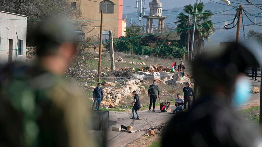Fuerzas israelíes disparan a quemarropa a un palestino en Nablus | HISPANTV