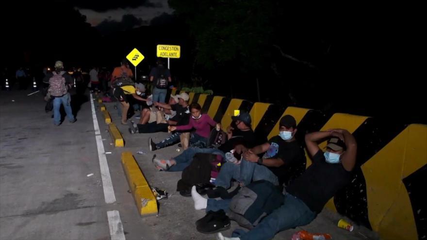 Hondureños salen en nueva multitudinaria caravana de migrantes