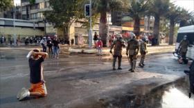 Policía chilena reprime protesta antigubernamental en Santiago