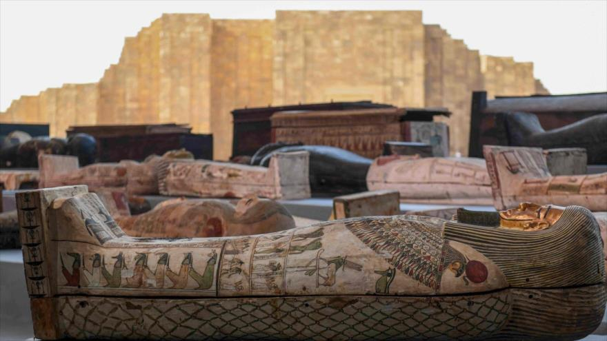 Sarcófagos excavados en la necrópolis de Saqqara, Egipto. (Foto: CGTN Culture)